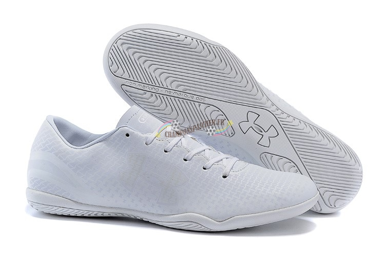 Under Armour Clutchfit Force IC Blanc Nouveau Chaud